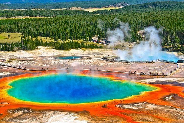 Большой призматический источник, Вайоминг, США